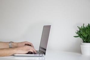 Sprzęt komputerowy i wymagani użytkownika